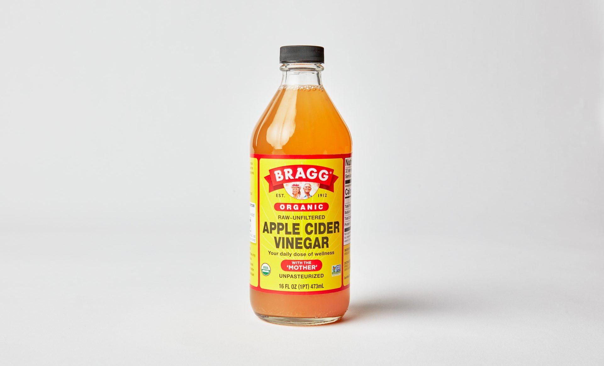 9 Surprising Health Benefits of Apple Cider Vinegar for Dogs