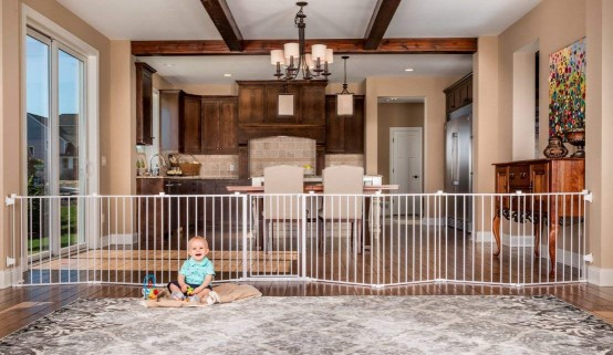 wide baby gate for introducing dogs